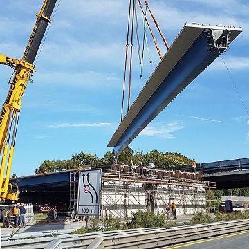 Verbund-Fertigteil-Träger für den Brückenbau