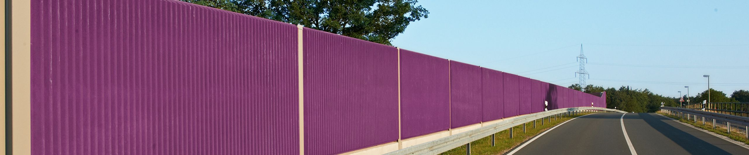 Noise protection wall construction from precast concrete